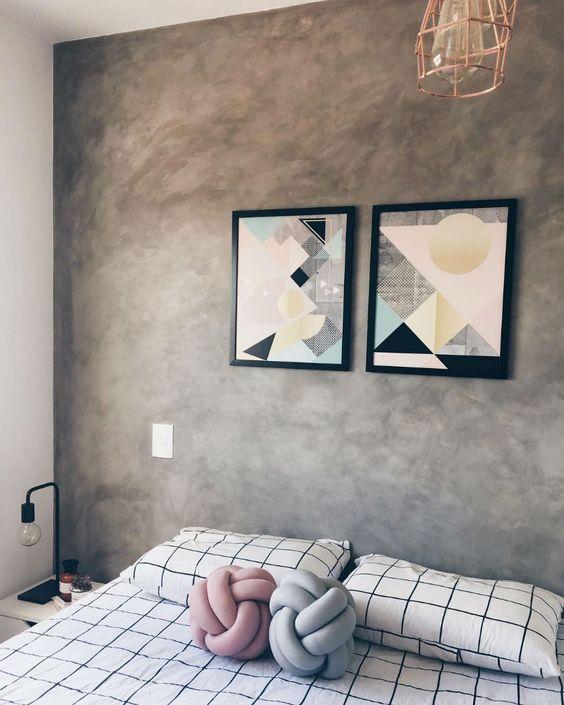 Revestimento para quarto com parede de cimento queimado