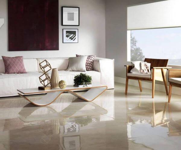 Sala moderna com porcelanato bege