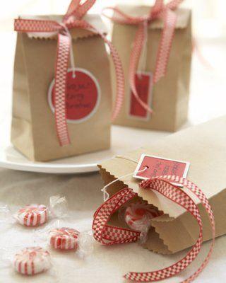 Saquinho de surpresa com doces dentro