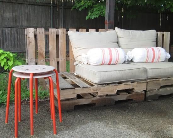Sofá de palete de madeira