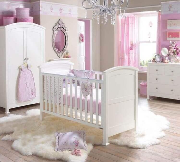 tapete felpudo para decoração de quarto de bebê rosa e branco Foto Pinterest