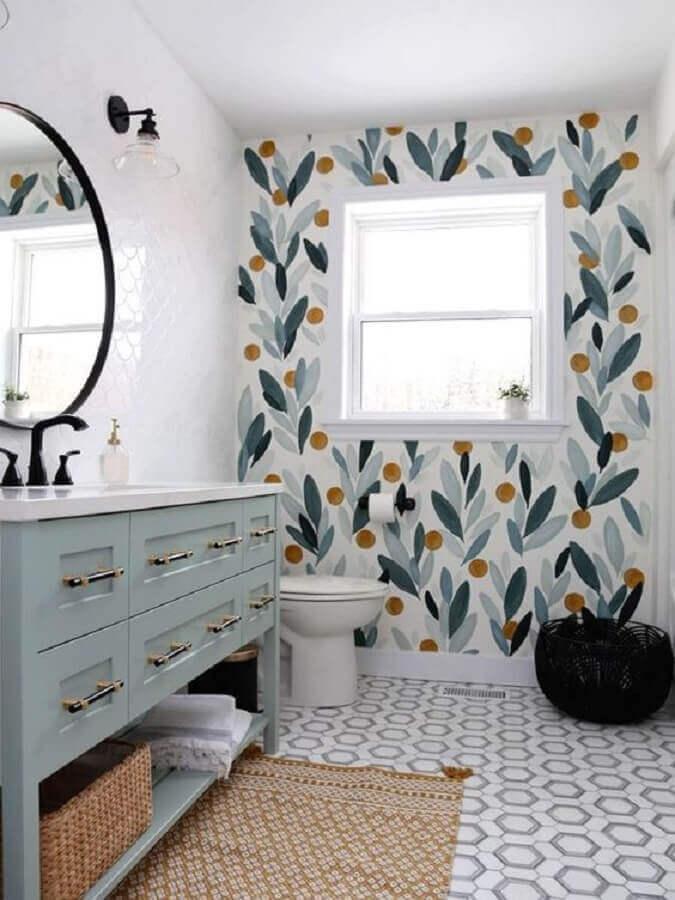 tapete para banheiro decorado com papel de parede Foto Fynes Designs