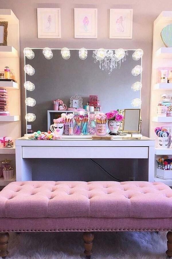 A penteadeira infantil camarim se destaca na decoração do quarto