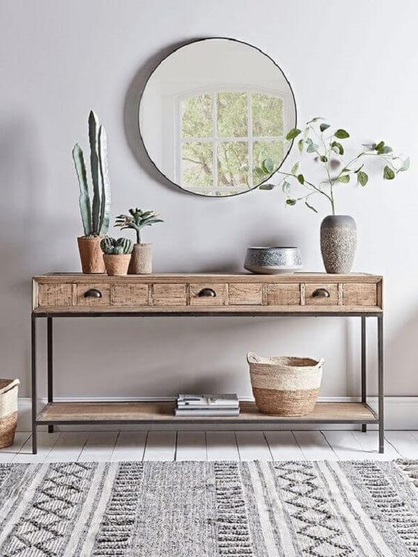 Aparador de ferro com tampa de madeira para sala de estar