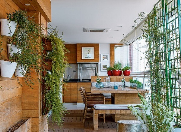 As plantas podem decorar a área da churrasqueira a gás para apartamento