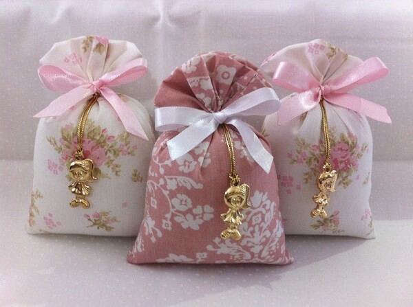 Como fazer sache perfumado com pingente