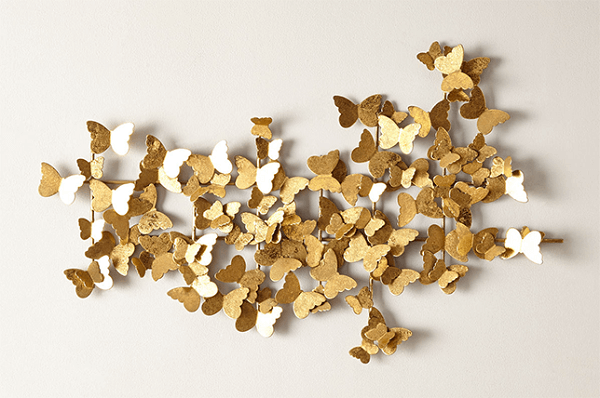 Escultura de parede metal formado com várias borboletas