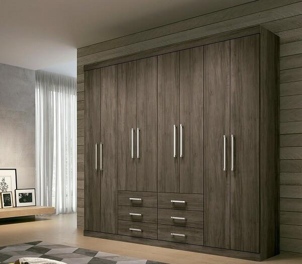 Modelo de guarda roupa casal 8 portas e 6 gavetas
