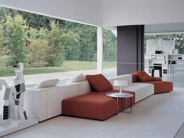 Na dúvida, mescle diferentes cores no seu sofá modular