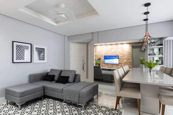 O sofá modular pode separar ambientes integrados