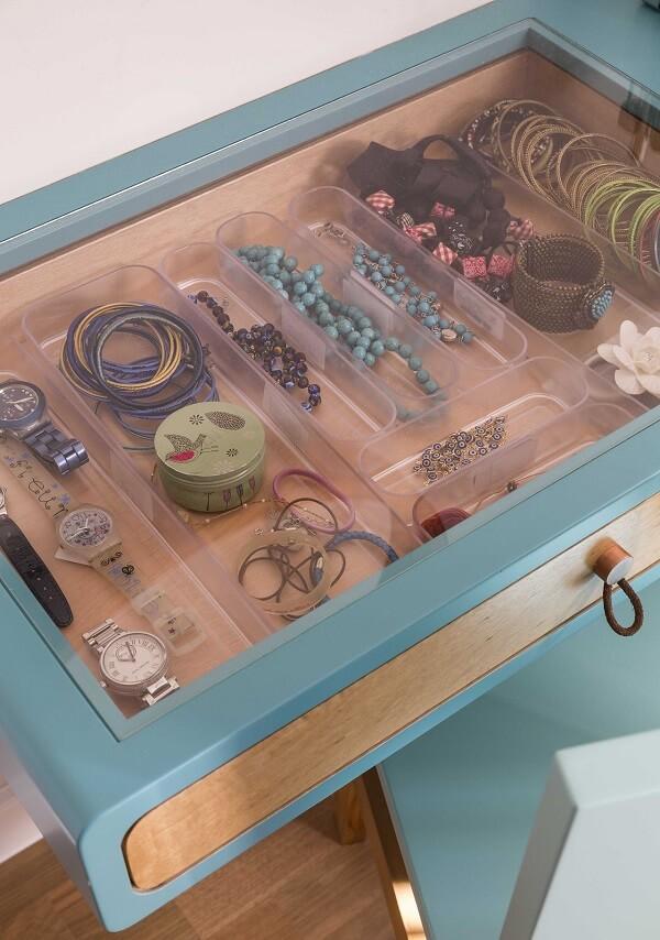 Penteadeira camarim com gaveta para bijuterias
