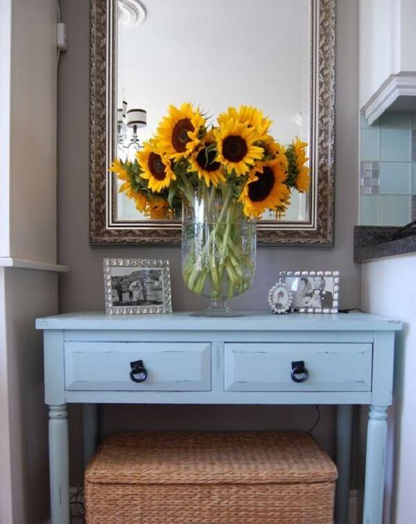 Reserve um cantinho especial para cultivar flores amarelas dentro de casa