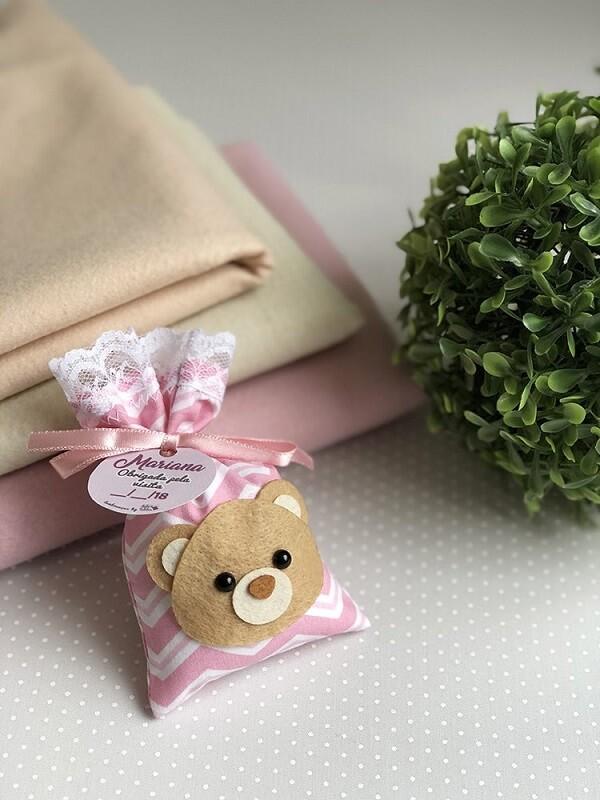 Scented sachet for bear-shaped souvenir