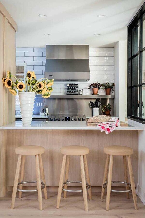 Traga um toque de cor para a cozinha incluindo girassóis
