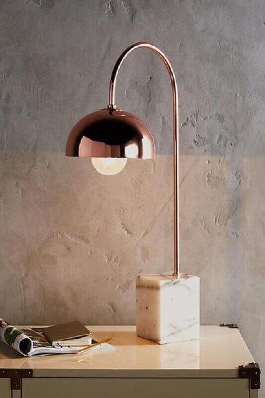 abajur rose gold moderno com base de mármore Foto Pinterest