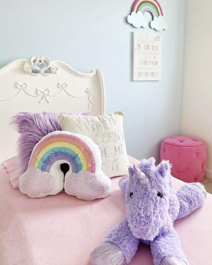 almofadas para decoração de quarto de unicórnio jovem Foto Make Home Yours