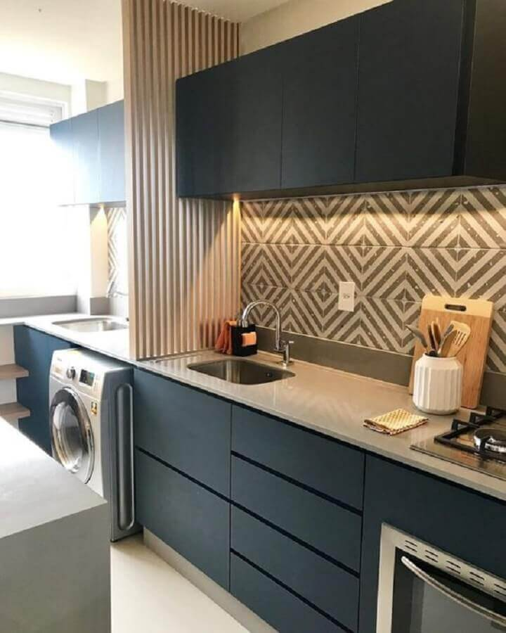 armários planejados para cozinha compacta completa integrada com lavanderia Foto Pinterest