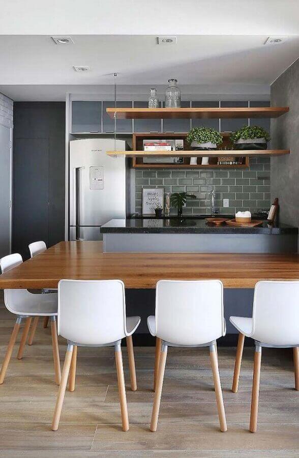 bancada de madeira integrada a ilha de cozinha completa Foto Home Fashion Trend