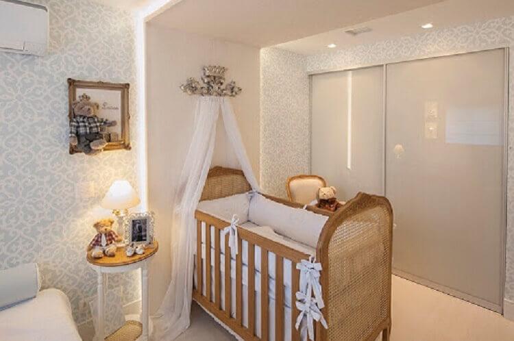berço de madeira para decoração de quarto planejado todo branco Foto Pinterest