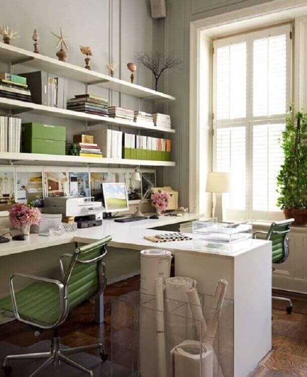 cadeira de escritório colorida verde Foto Archilovers