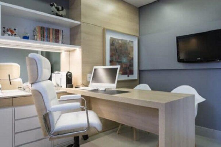 cadeira de escritório presidente branca  Foto Homify