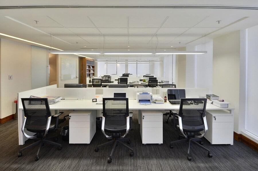 cadeira de escritório reclinável preta Foto Webcomunica