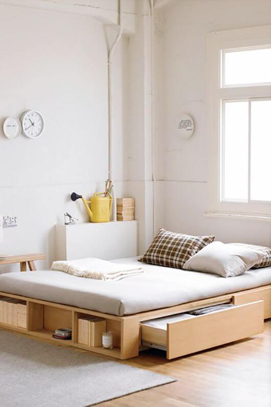 A cama box com gavetas é ótima para otimizar espaço