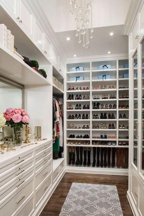 A sapateira não pode faltar no seu armário