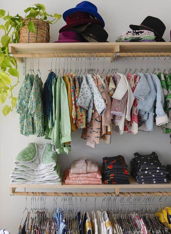 Guarda roupa infantil estilo closet com módulos