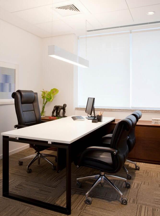 conjunto de cadeira de escritório confortável preta Foto A2 Arquitetura