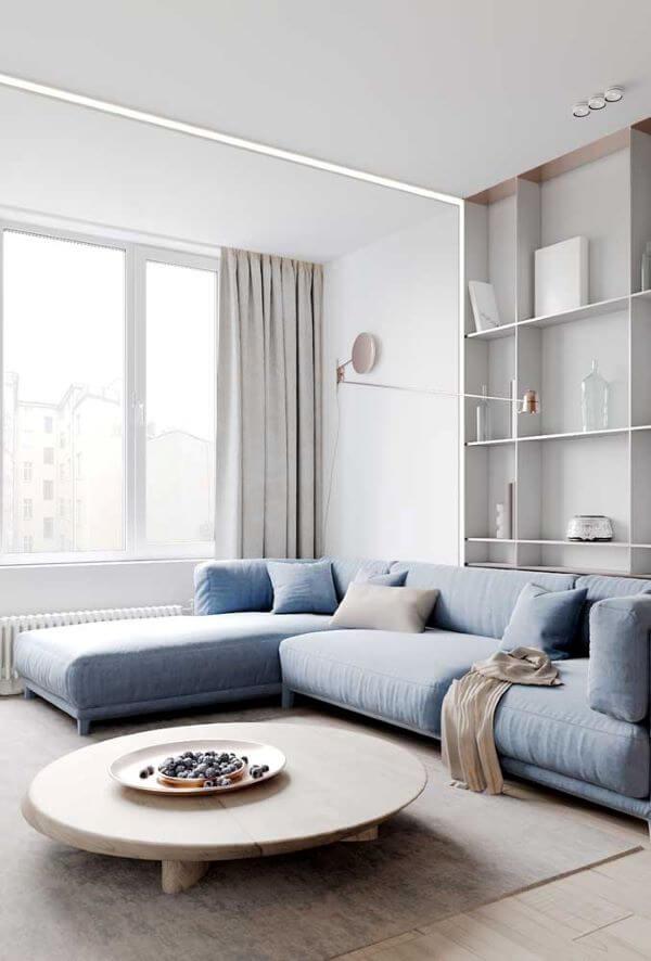 Cortina corta luz na sala de estar moderna