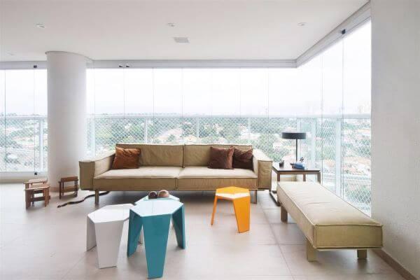 Cortina de vidro na varanda