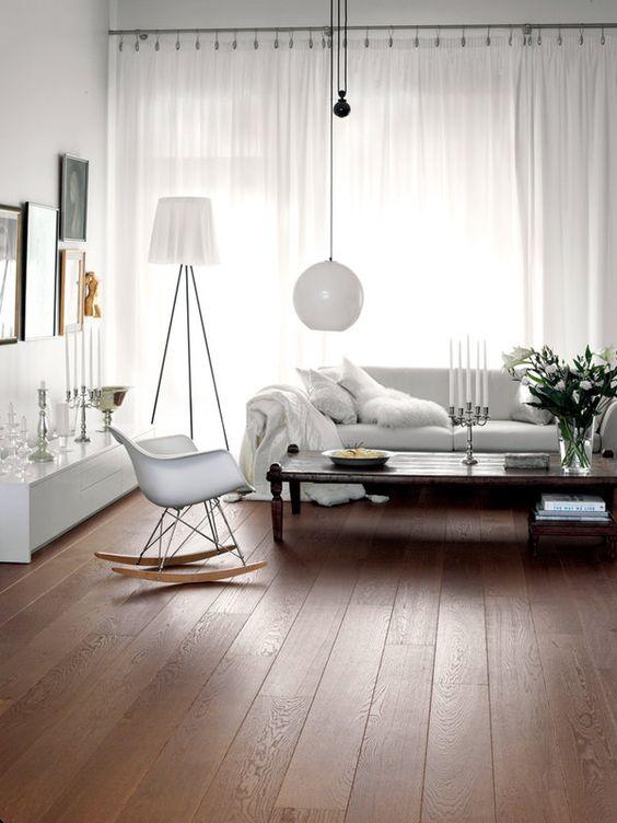 Cortina branca para sala moderna em tons claros