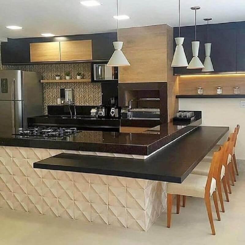 cozinha gourmet moderna decorada na cor de creme e preto Foto Revestindo a Casa