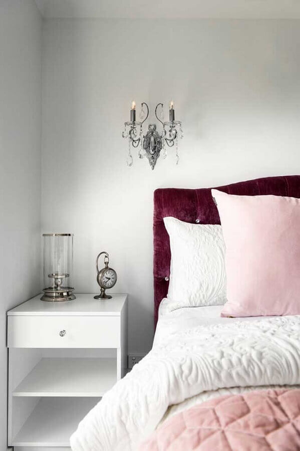 criado mudo branco para quarto de solteiro feminino simples Foto Houzz