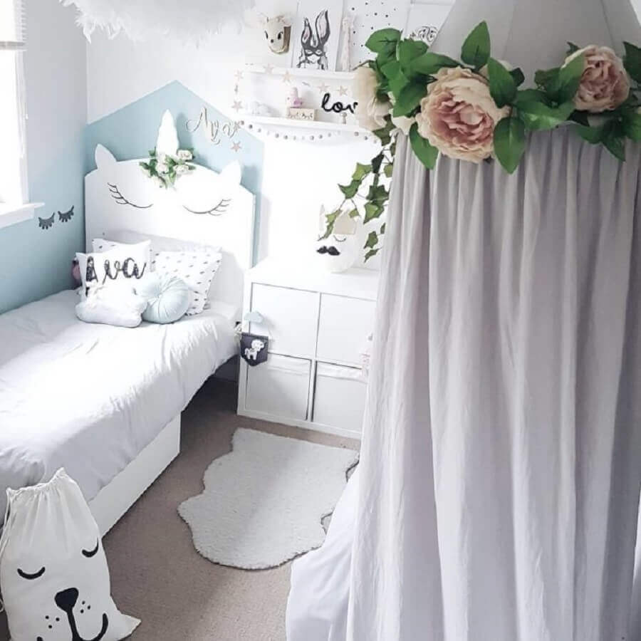 decoração clean para quarto unicórnio azul e branco Foto Crafted Pine