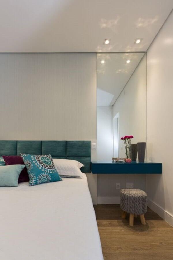 decoração clean para quartos bonitos planejados com cabeceira estofada Foto Casa de Valentina