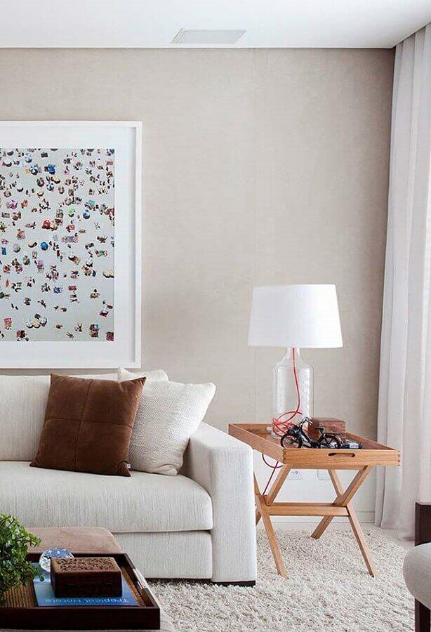 decoração clean para sala com abajur de garrafa com cúpula branca Foto Pinterest