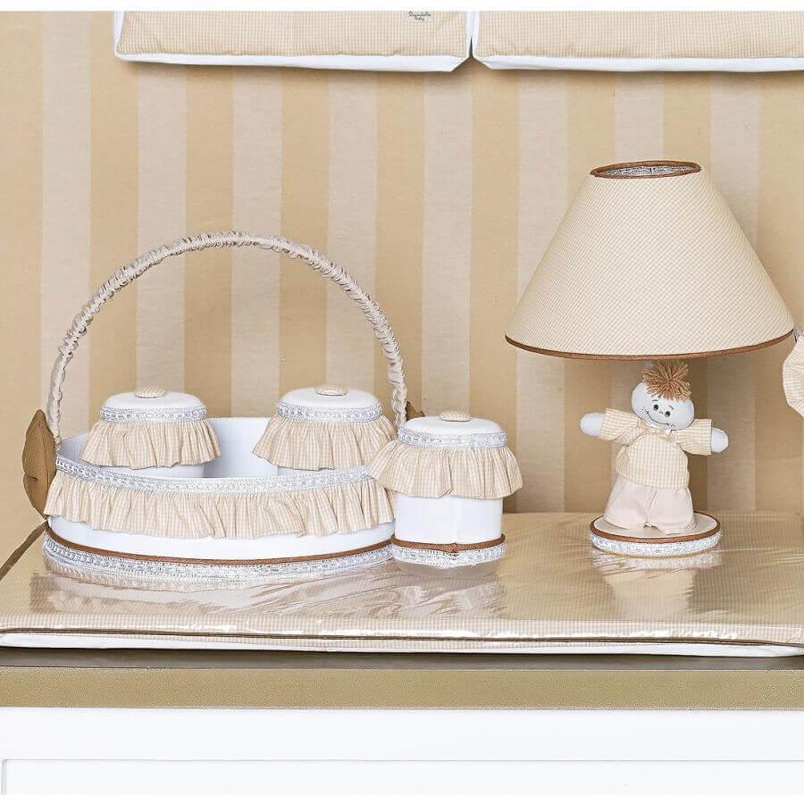 decoração com abajur para quarto de bebê Foto Pinterest