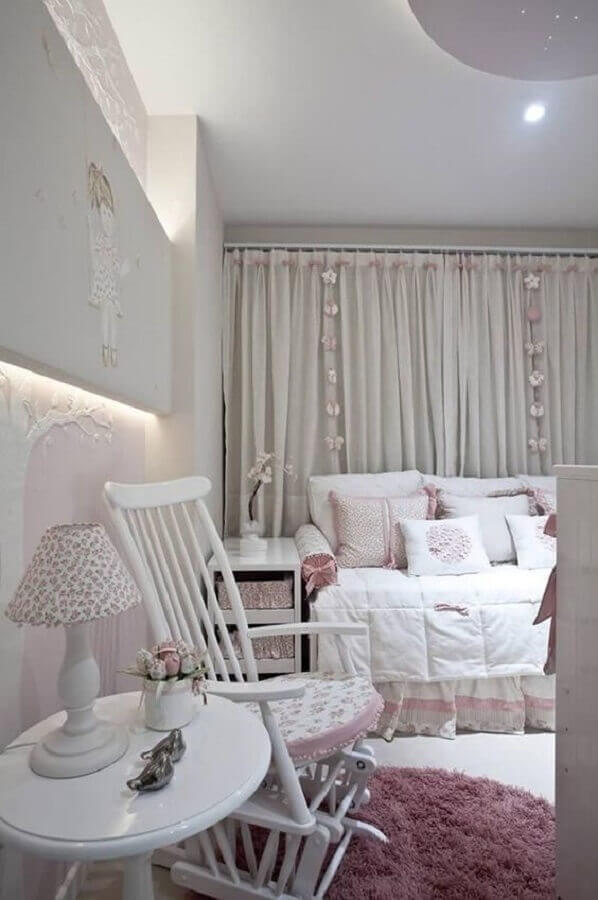 decoração com abajur para quarto de bebê menina Foto Pinterest