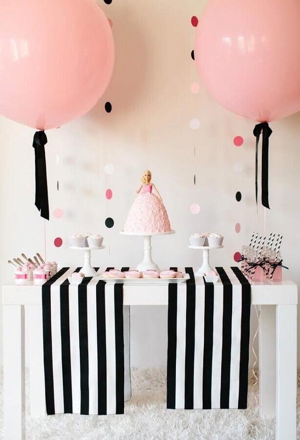 decoração de festa infantil simples com tema Barbie Foto Pinterest