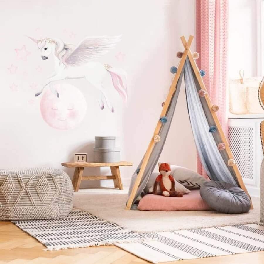decoração de quarto de unicórnio com cabaninha Foto Inspire Murals
