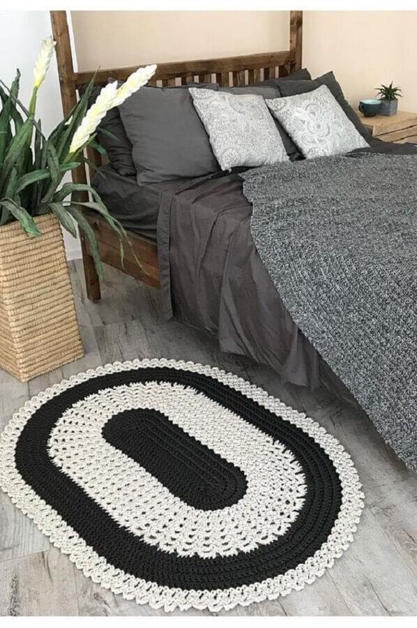decoração simples com tapete para quarto de crochê Foto Crochet Sample
