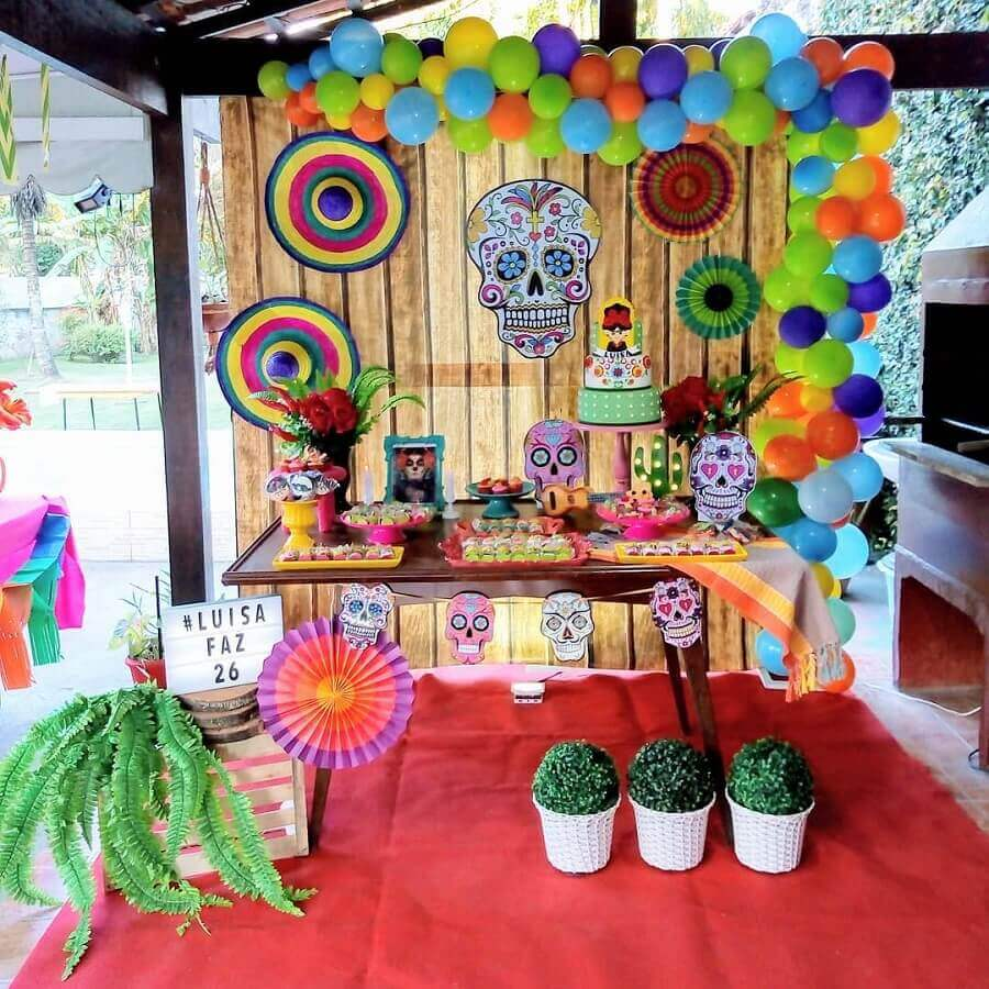 simple decoration for mexican skull party Photo Fabrícia Vitória