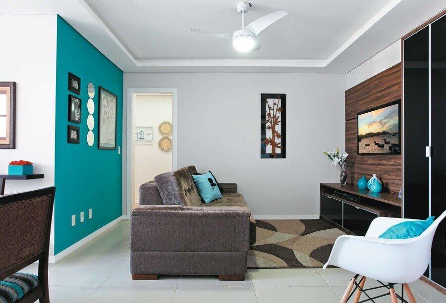 decoração simples para sala azul turquesa e branca Foto Arte Tintas