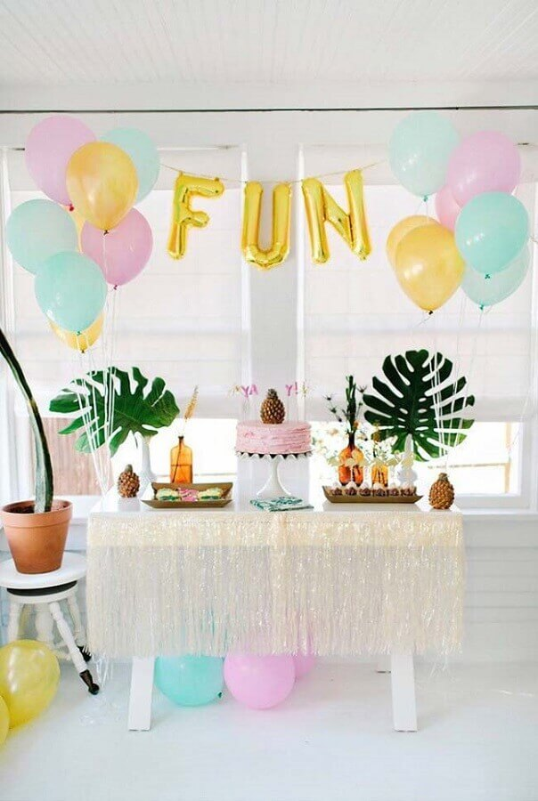 decoração tropical para festa infantil simples Foto Pinterest