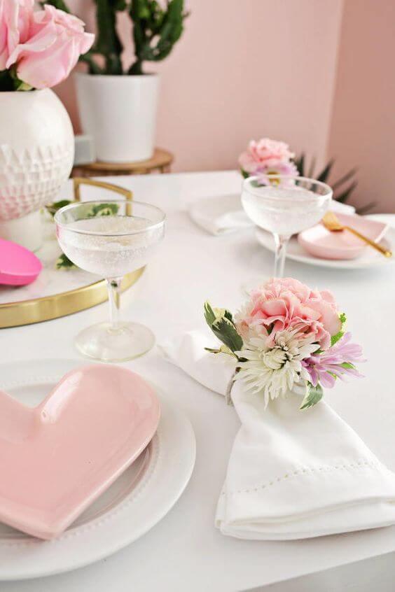 Decoração romântica para jantar de dia dos namorados