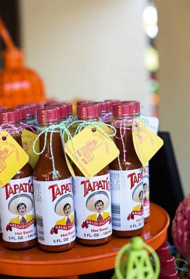garrafinhas de molhos personalizadas para festa mexicana Foto A Minha Festinha