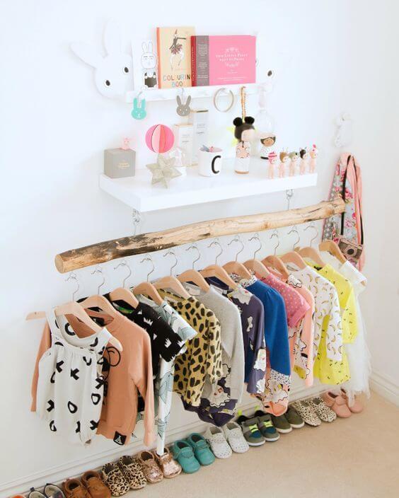 Guarda roupa infantil de madeira