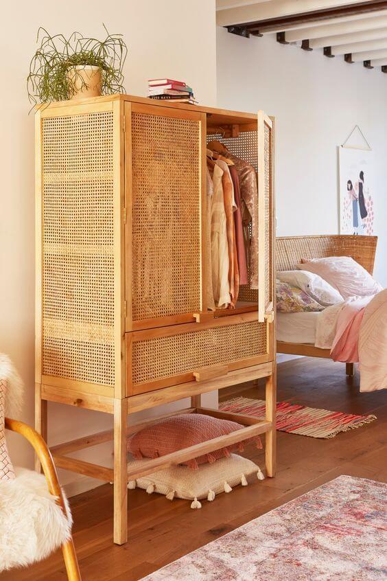 Guarda roupa infantil de madeira simples
